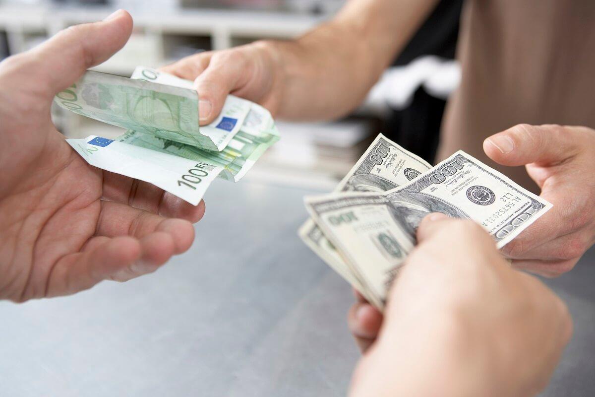 обмен валют оптом
