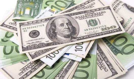 перевести євро у долари